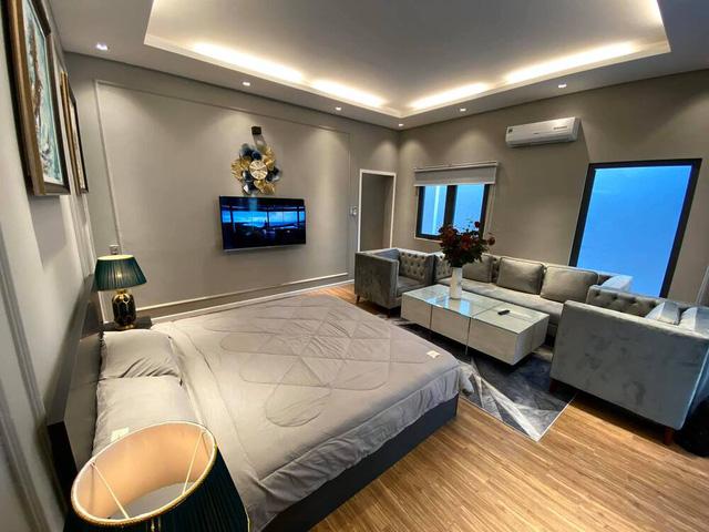 Đầu tư 20 tỷ vào chuỗi cầm đồ T99, Cao Thái Sơn là đại gia BĐS tiếng tăm của showbiz: Hỏi có bao nhiêu căn nhà như hỏi mình có bao nhiêu bài hát - Ảnh 7.