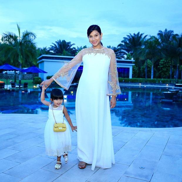 Thái tử phi vạn người mê của Malaysia: Nhan sắc khiến ai cũng xao xuyến cùng câu chuyện cổ tích yêu em từ cái nhìn đầu tiên - Ảnh 8.