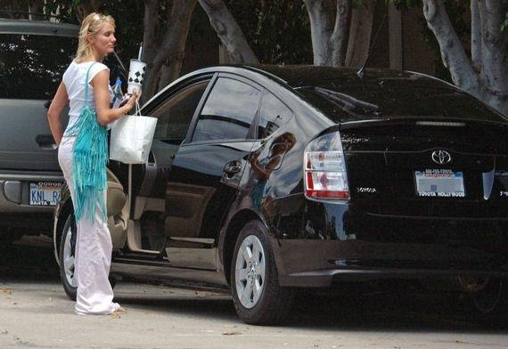 Không phải Mercedes hay Lexus, đây mới là những hãng xe ô tô nổi tiếng mà 61% giới siêu giàu thực sự lái - Ảnh 4.