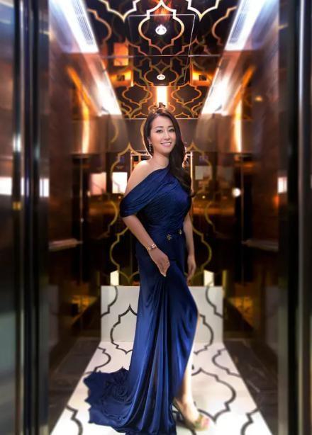 Cuộc sống hào nhoáng của tam đại tiểu thư đứng đầu hội phú bà quyền lực Hong Kong: Kinh doanh giỏi lại biết chơi tới bến, đến giới thượng lưu cũng nể vài phần - Ảnh 4.