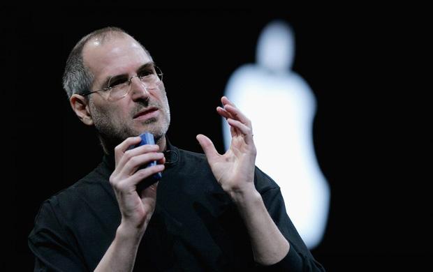 Steve Jobs - Cha đẻ iPhone, 66 năm và những câu chuyện đầy cảm hứng! - Ảnh 1.