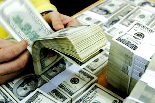 Nguy cơ chảy USD ra thị trường chợ đen - Ảnh 1.