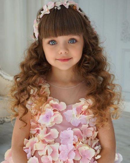 Được mệnh danh là cô bé xinh đẹp nhất thế giới với đôi mắt xanh thẳm say đắm lòng người, siêu mẫu nhí đẹp không góc chết giờ ra sao? - Ảnh 4.