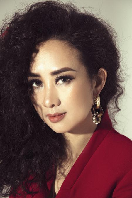 Nghi Nguyễn - Cô con gái cả xinh đẹp nhà Kềm Nghĩa, phụ ba dập nóng kềm từ 9 tuổi, nhưng lại không kế nghiệp gia đình  - Ảnh 2.