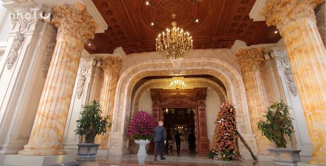 Lạc lối trong cung điện của đại gia Thành Thắng Group: Cao bằng toà nhà 18 tầng, diện tích sàn 15.000m2, 20 phòng ngủ, dát vàng khắp nơi  - Ảnh 3.