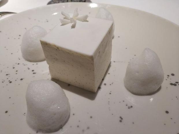 Lần đầu vào ăn nhà hàng đạt sao Michelin, thực khách kinh ngạc trước những món siêu đẳng cấp nhưng không kém phần… kỳ dị - Ảnh 5.