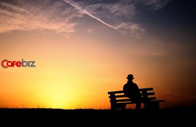Dịch bệnh, làm việc online một mình và 5 bí mật kinh ngạc: Người trẻ tuổi cô đơn hơn người già - Ảnh 2.