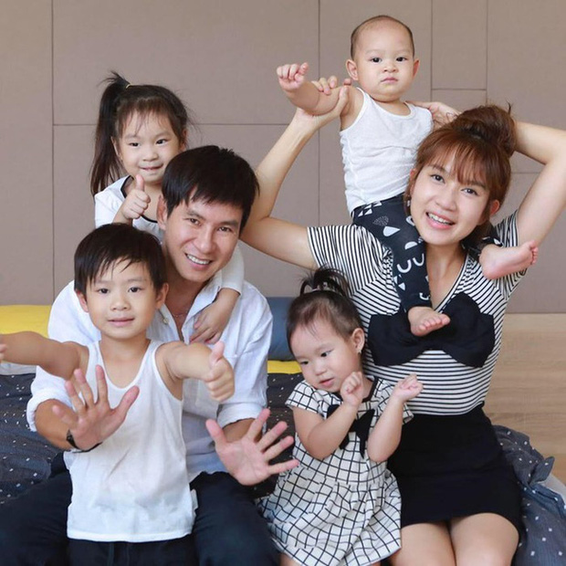 Gia đình siêu giàu nhưng vợ chồng Lý Hải - Minh Hà lại áp dụng cách không ngờ để con có quần áo mới, ai nghe cũng phải gật gù khen - Ảnh 1.