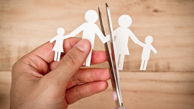 Hôn nhân của 9X Trung Quốc: Vợ chồng cãi nhau đều đem về mách mẹ, và dấu chấm hết cho những cô gái yêu nhầm con trai cưng của mẹ - Ảnh 3.