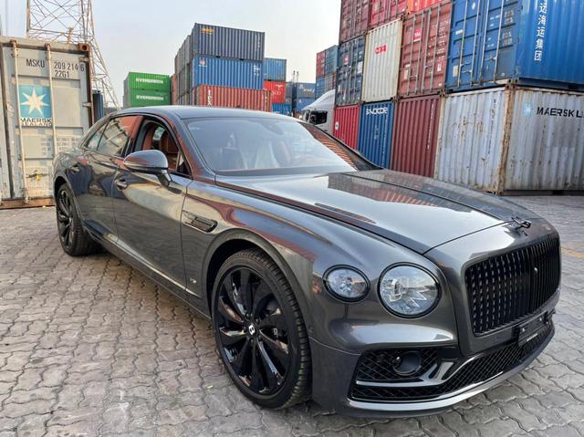 Bentley Flying Spur First Edition 2021 phối màu kiểu độc về Việt Nam, dành cho chủ xe gu mặn chứ không phải bình thường - Ảnh 2.