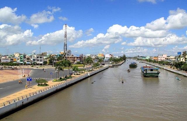 BĐS tuần qua: Giá đất 4 quận nội thành Hà Nội gấp hơn 2 lần, đề xuất lập TP Tây Bắc ở TP HCM - Ảnh 2.