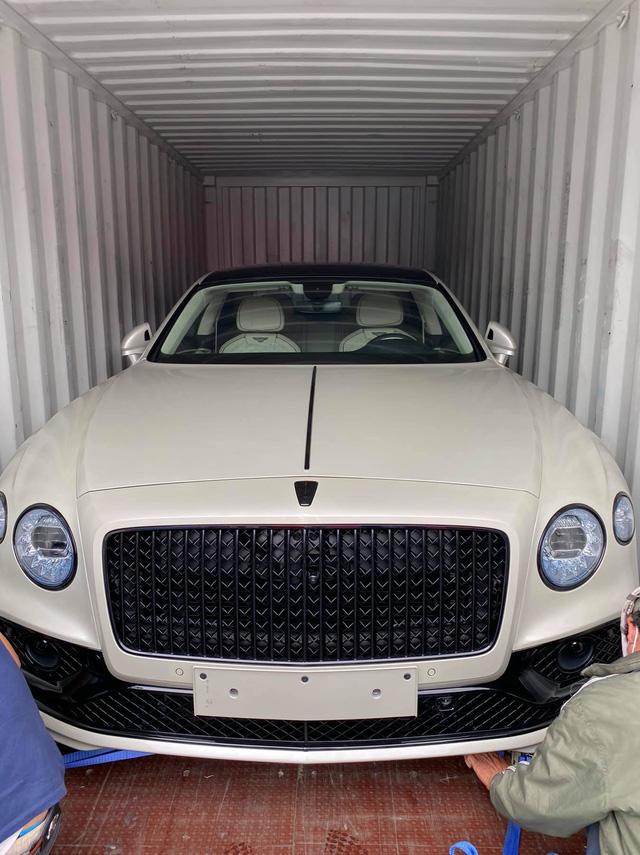 Dàn xe gần 100 tỷ về nước ngay trước Tết Nguyên đán phục vụ giới đại gia Việt: Cặp đôi Mercedes-Maybach GLS 600 chiếm spotlight - Ảnh 4.
