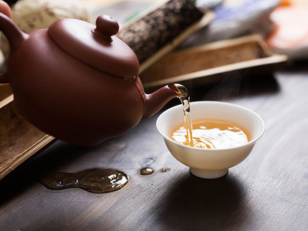 Ngày Tết uống trà nhớ lưu ý 4 KHÔNG để tránh gây hại cho sức khỏe - Ảnh 2.