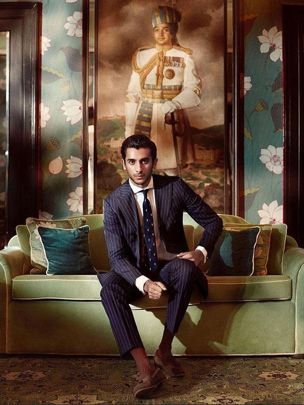 """Trong khi Harry – Meghan """"bóc phốt"""" gia đình để kiếm tiền, nhiều hậu duệ hoàng tộc khác làm điều ngược lại: Người kinh doanh thành công, người vất vả nhưng luôn ý thức cao về """"tự tôn hoàng tộc"""" - Ảnh 1."""