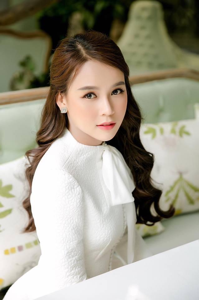 Tuổi 30 đầy thăng hoa của các mỹ nhân Việt sinh năm 90: Sự nghiệp lên như diều gặp gió, đáng nể nhất là nàng cựu hot girl nắm trong tay 2 triệu USD - Ảnh 13.