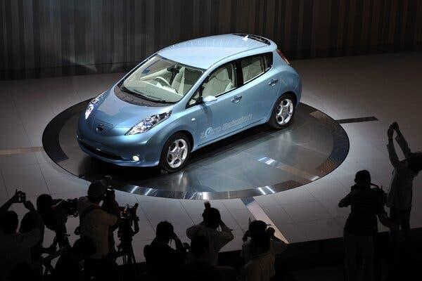 Sản xuất ô tô truyền thống đã qua thời hoàng kim, tại sao Nhật Bản vẫn chần chừ khi bước vào thị trường xe điện?  - Ảnh 1.