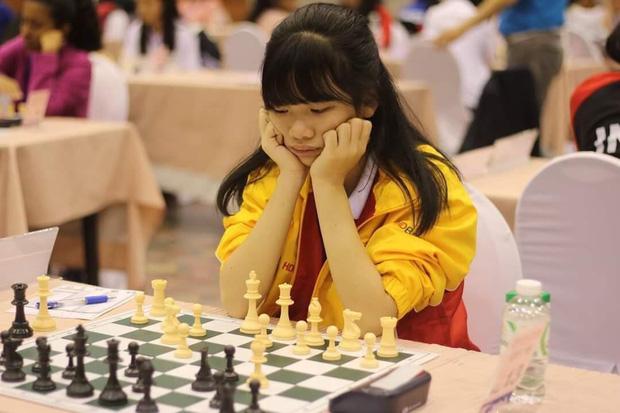 Gặp nữ sinh vô địch giải cờ vua châu Á, giành học bổng 3,3 tỷ đồng: Mình chưa hài lòng với mức điểm 7.0 IELTS - Ảnh 3.