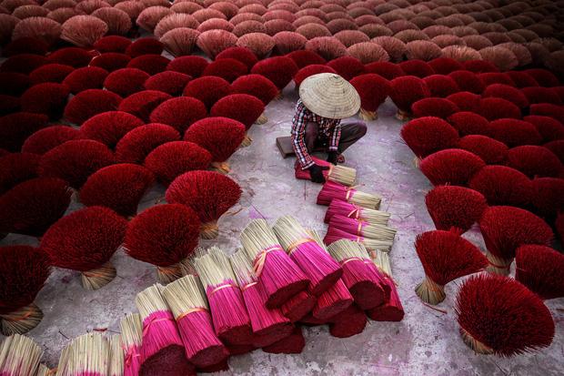 Nhiếp ảnh gia người Việt kể chuyện làm việc với National Geographic: Sửa chú thích 6 lần mới được duyệt, gian khổ đổi lấy thành tích hiếm ai có được - Ảnh 11.