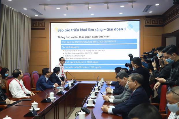 6 người được tiêm thử nghiệm vaccine Covid-19 made in Vietnam - Ảnh 2.