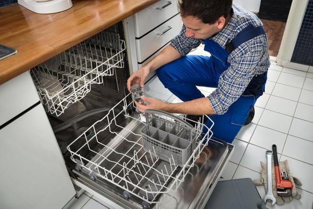 Tủ lạnh dùng bao nhiêu năm thì nên nghỉ hưu? Miếng rửa chén bao lâu phải thay một lần? - Ảnh 9.