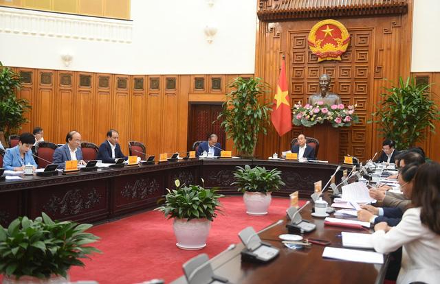 Thường trực Chính phủ họp về vấn đề di dời các cảng trên sông Sài Gòn - Ảnh 1.