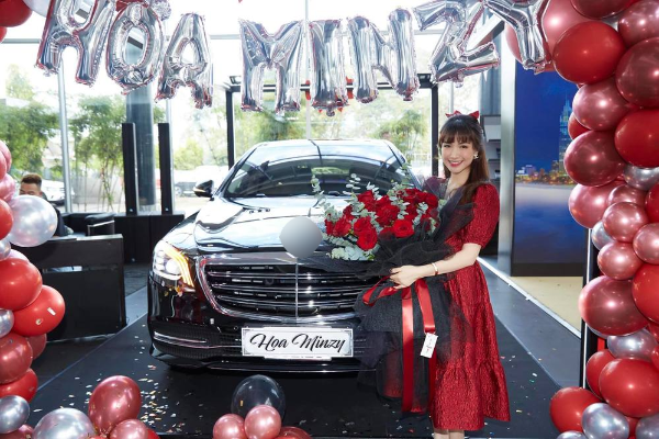 Hoà Minzy giàu có ở tuổi 26: Đại gia BĐS ngầm, tặng bố mẹ biệt thự 5 tầng, hạnh phúc bên chồng đại gia, khẳng định kiếm tiền như nước, độc lập tài chính...  - Ảnh 7.