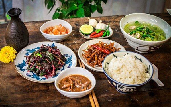 6 thói quen nguy hại khi ăn cơm người Việt cần thay đổi ngay vì khiến cân nặng tăng nhanh chóng lại còn rước đủ thứ bệnh - Ảnh 1.