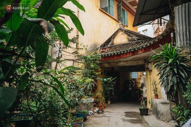 Chuyện ít người biết về căn biệt thự cổ 110 năm tuổi ở Hà Nội, có cả sàn nhảy đầm cho giới thượng lưu - Ảnh 1.