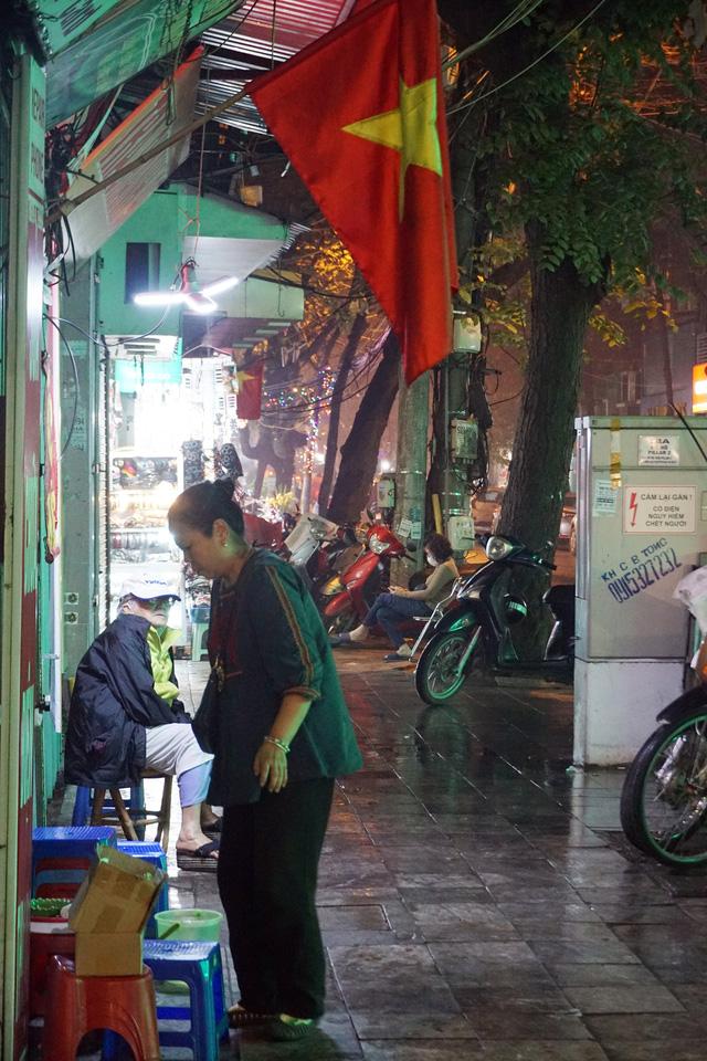 Hà Nội: Nhà hàng, quán cà phê xuyên đêm chuẩn bị cho ngày đầu hoạt động trở lại - Ảnh 18.