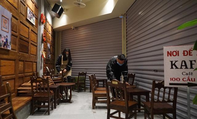 Hà Nội: Nhà hàng, quán cà phê xuyên đêm chuẩn bị cho ngày đầu hoạt động trở lại - Ảnh 3.