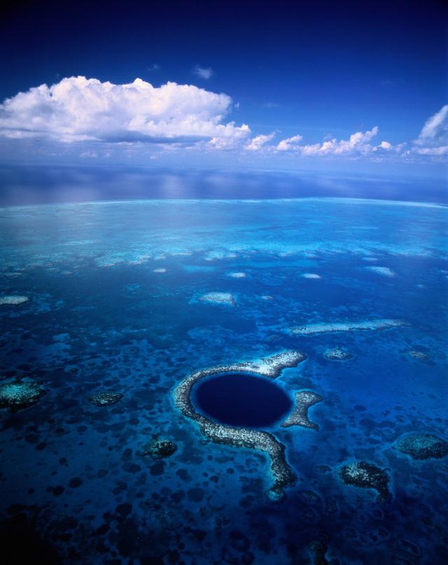 """Chiêm ngưỡng """"Hố xanh khổng lồ"""", một trong những bí ẩn lộng lẫy nhất thế giới - Ảnh 4."""