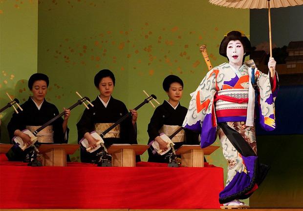 Geisha Nhật Bản và những sự thật bị người đời hiểu nhầm: Không phải là kỹ nữ! - Ảnh 3.