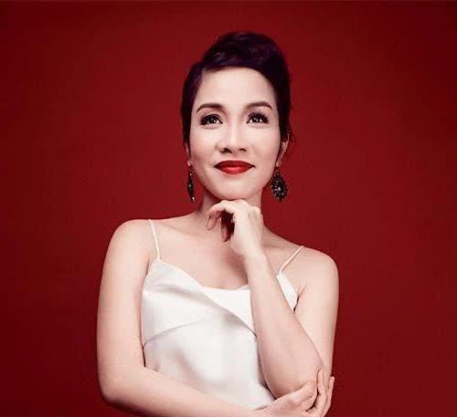 Diva Mỹ Linh: Giọng ca hàng đầu Việt Nam chưa bao giờ thôi khát khao với âm nhạc, cuộc sống gia đình cực viên mãn ai cũng ngưỡng mộ - Ảnh 1.