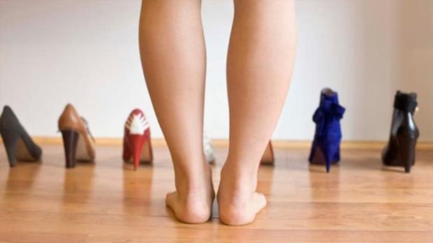 Có cục máu đông trong cơ thể: bạn có thể phán đoán thông qua 3 hiện tượng bất thường ở bàn chân - Ảnh 1.