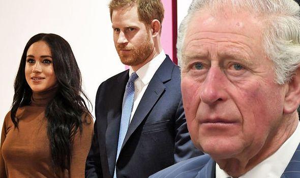 Vợ chồng Harry tiếp tục bị bóc mẽ nói dối trong cuộc phỏng vấn, Thái tử Charles trở thành máy rút tiền của con trai - Ảnh 3.