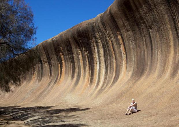 Những hình ảnh lạ đời chỉ có thể bắt gặp ở nước Úc, du khách bước tới ngỡ như lạc sang hành tinh lộn ngược - Ảnh 9.