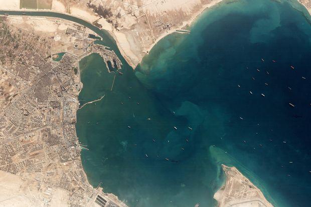 Tắc Kênh đào Suez sẽ ảnh hưởng đến hoạt động xuất khẩu của Việt Nam ra sao? - Ảnh 1.