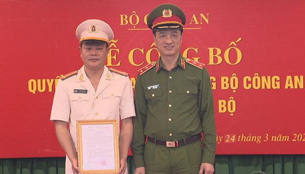 Bộ trưởng Bộ Công an bổ nhiệm 2 tân Cục trưởng - Ảnh 1.
