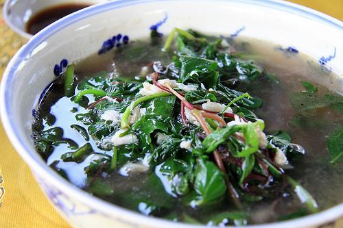 Loại rau dại đắt gấp 2-3 lần rau sạch, Châu Âu, Trung Quốc tôn là rau trường thọ nhưng người Việt vẫn chưa biết dùng đúng cách - Ảnh 2.