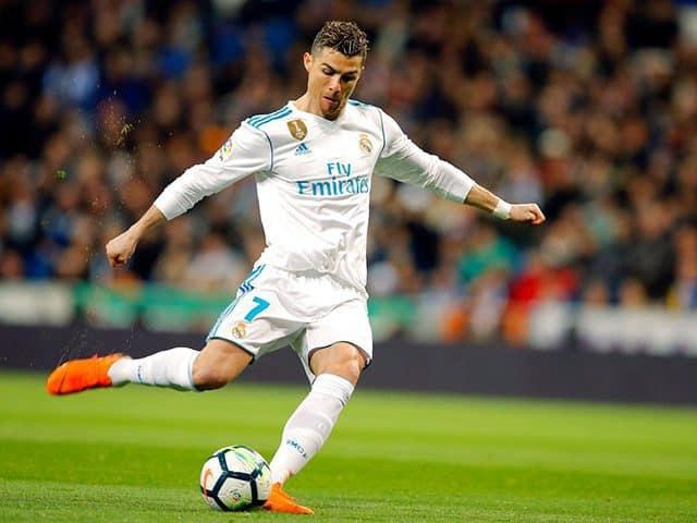 13 tuổi đã kiếm được hàng chục triệu đô, Cristiano Ronaldo là minh chứng sống của chân lý: Chỉ cần nỗ lực phấn đấu, thành công chỉ là chuyện sớm muộn!  - Ảnh 3.