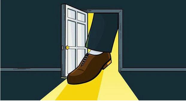 Chuyện cuối tuần: Tuyệt chiêu Sập cửa vào mặt và Kẹt chân vào cửa trong kinh doanh - bạn đã thử dùng? - Ảnh 2.