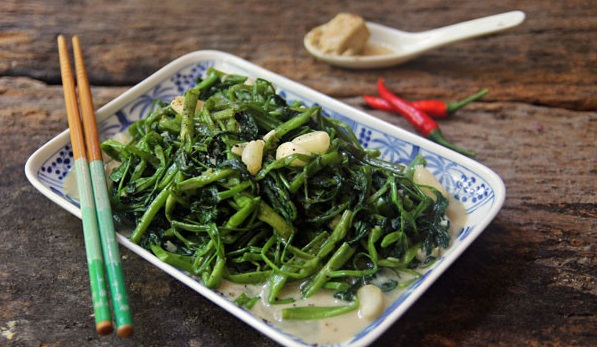 Rau muống là vị thuốc dân dã của Đông y nhưng có người càng ăn lại càng hại sức khỏe, đặc biệt là 6 nhóm người này - Ảnh 2.