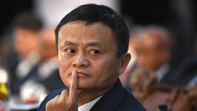 Alibaba bị đi.ều t.ra, giá trị thị trường giảm xuống dưới 600 tỷ: Thời đại khi thay đổi, nó sẽ chẳng buồn nói với bạn lời tạm biệt