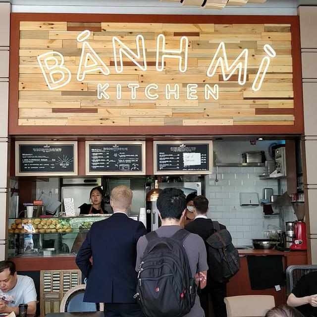 Quá tự hào với 5 tiệm bánh mì made in Vietnam ở nước ngoài: Đắt hàng như tôm tươi, bạn bè quốc tế check in rần rần  - Ảnh 16.