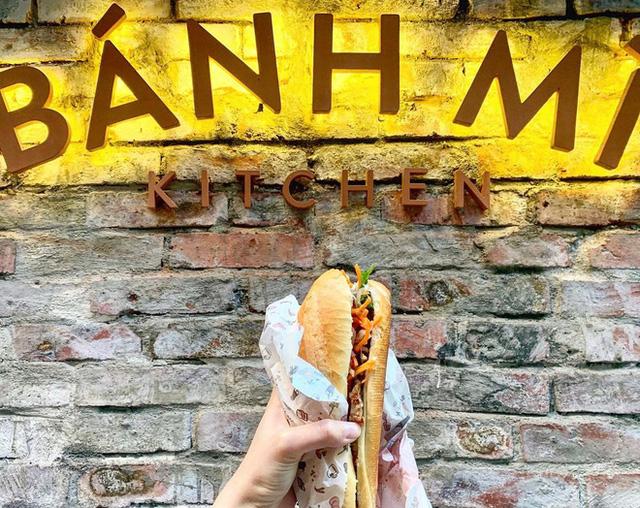 Quá tự hào với 5 tiệm bánh mì made in Vietnam ở nước ngoài: Đắt hàng như tôm tươi, bạn bè quốc tế check in rần rần  - Ảnh 17.