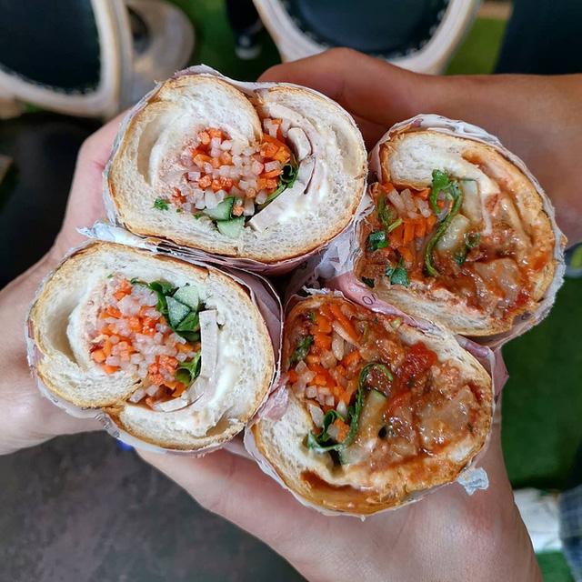 Quá tự hào với 5 tiệm bánh mì made in Vietnam ở nước ngoài: Đắt hàng như tôm tươi, bạn bè quốc tế check in rần rần  - Ảnh 19.