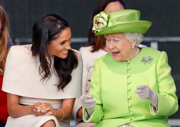 Vừa bị Nữ Hoàng Anh lấy lại tất cả, Meghan Markle liền lên tiếng nhận xét về bà trong cuộc phỏng vấn 1 lần kể hết khiến dư luận bất ngờ - Ảnh 3.