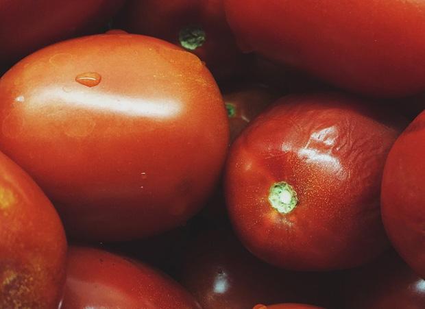 3 loại củ quả càng bảo quản trong tủ lạnh càng nhanh hỏng, thậm chí ăn vào còn có thể gây ngộ độc - Ảnh 1.
