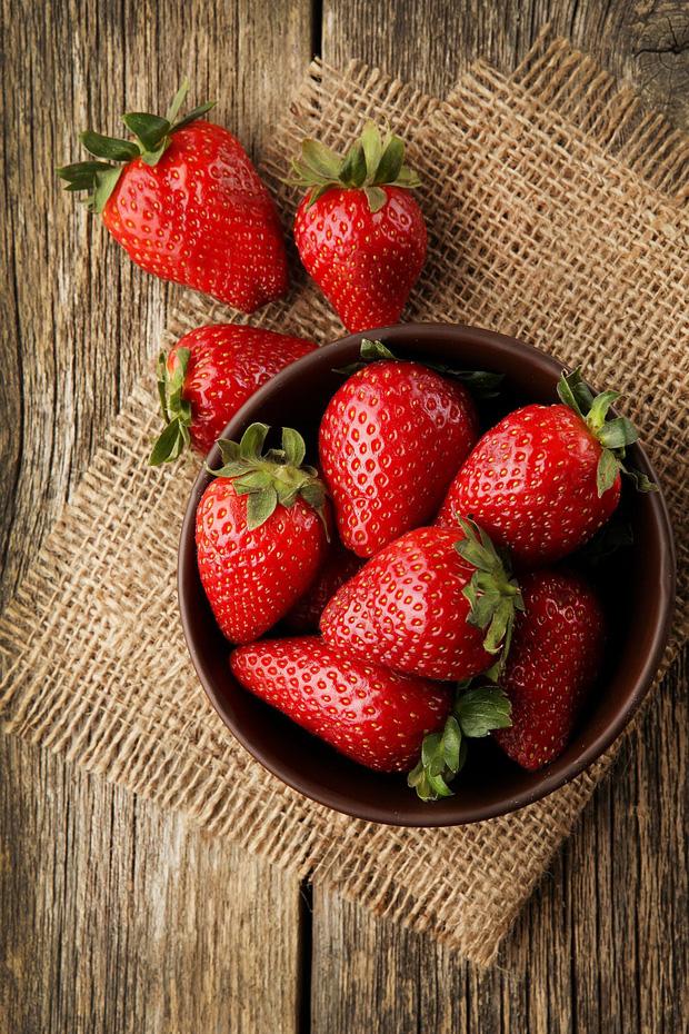10 loại thực phẩm tồn dư thuốc bảo vệ thực vật nhiều nhất, rau mồng tơi xếp thứ 2, loại quả đứng vị trí thứ nhất không bất ngờ - Ảnh 2.