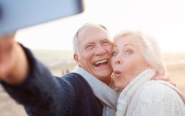 Không phiền não, không tức giận, không cần đo huyết áp: Khảo sát 1.420 người sống trên trăm tuổi cho kết quả kinh ngạc, hóa ra bí quyết trường thọ là điều đơn giản này - Ảnh 2.